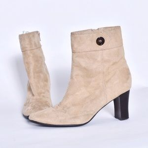 Predictions tan heeled bootie size 8.5